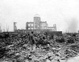 日多数民众反思遭核袭击根源右派妄图混淆是非