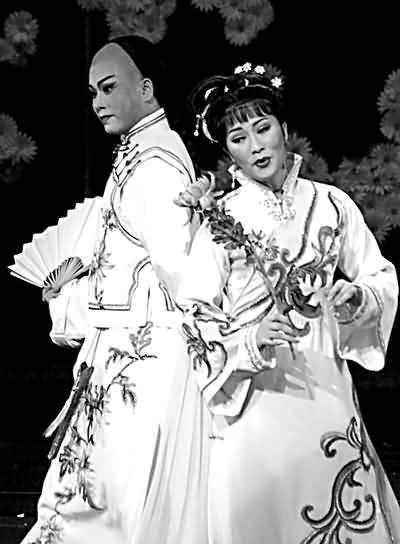 昨晚,新老越剧迷走进宁波大剧院 创新发展的领军人物赵志刚和宁波