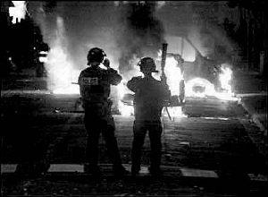 巴黎郊区接连发生多起骚乱