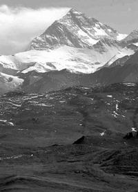 珠峰停止长高,青藏高原将垮塌?
