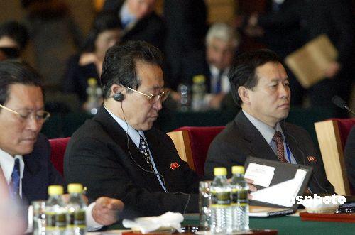 图:朝鲜代表团长金桂冠参加第五轮六方会谈