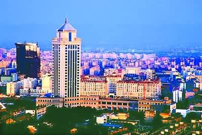 宁波海关高度重视电子口岸建设工作,一方面把推进地方电子口岸建设