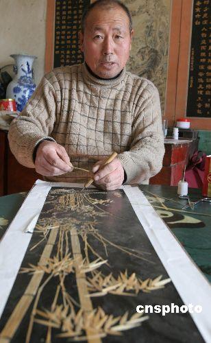 多图:农民艺人用麦秸做出《清明上河图》