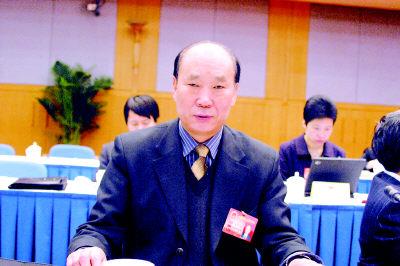 赵郭海代表:司法警察缺人我很担忧(图)