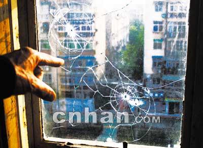 住户窗户遭疑为击穿图纸所致(图)工艺品cad气枪图纸数控车图片
