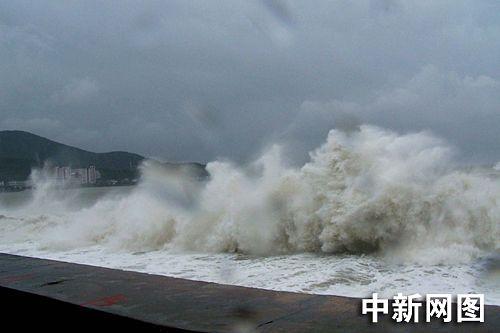 广东南澳全力以赴抗击强台风珍珠(组图)