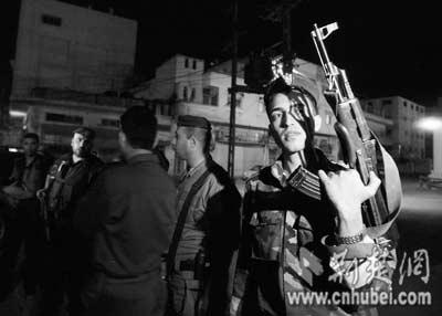 """调重兵前往加沙哈马斯武装""""叫板""""法塔赫警察"""