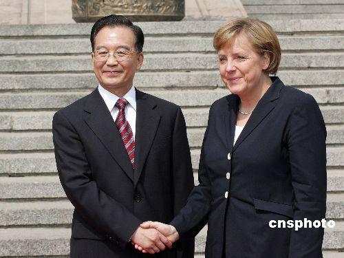 组图:温家宝总理欢迎德国总理默克尔