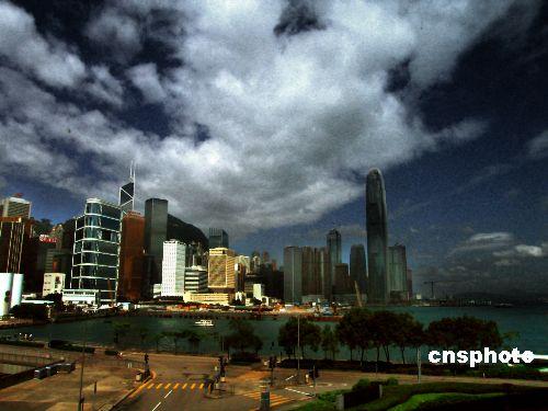 台风派比安将正面袭粤49市县发布预警信号