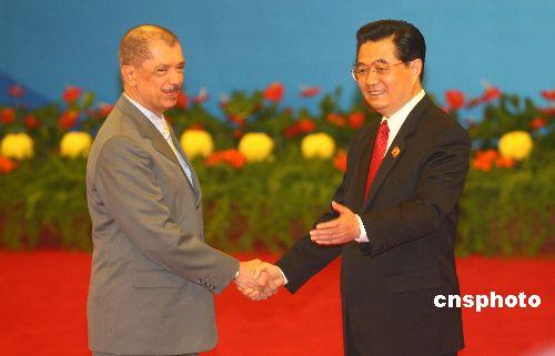 图文:胡锦涛迎接塞舌尔总统米歇尔