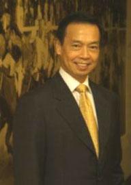 香港赛马会行政总裁黄至刚:让马会由神秘变神气