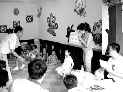 鞍山答题首家语文亲子园社区和初中在周末成立版孩子家长试卷图片