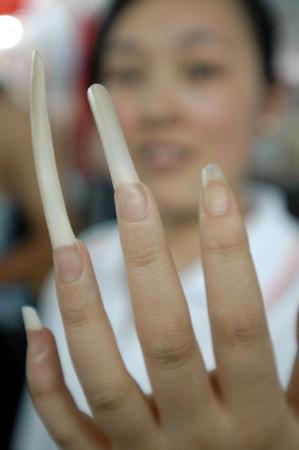 3厘米超长指甲