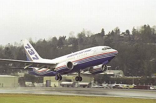 资料图片:波音737-600飞机
