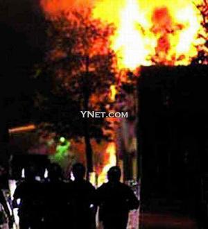 美国密歇根州本顿港市发生严重骚乱(图)_陈光淡