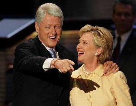 组图:美国民主党代表大会上演伉俪情深