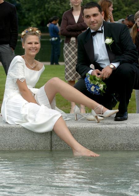 戴安娜王妃纪念泉重新开放