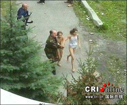 图文:俄罗斯特种解救人质