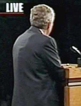 克里民调支持率小胜布什第三场辩论至关重要