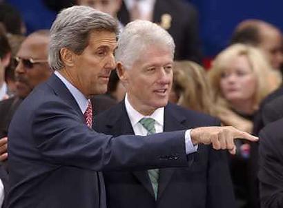 克林顿为克里肝脑涂地民主党众大佬上阵攻布什