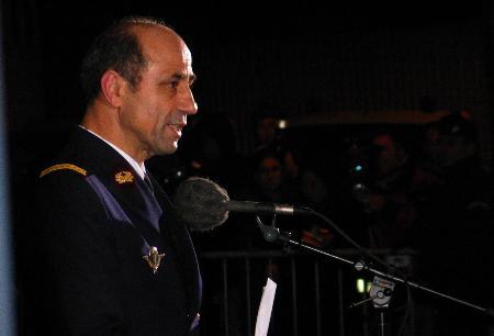 图文:法国贝尔西军医院宣布阿拉法特病情稳定(1)