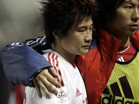 图文:足球-2006年国际足联世界杯足球赛亚洲区