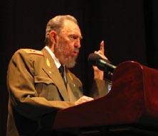 资料:古巴国务委员会主席卡斯特罗(图)