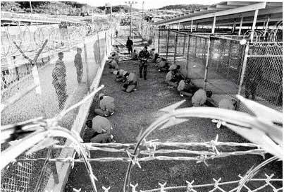 从关塔那摩获释英国囚犯控诉美军施虐(组图)