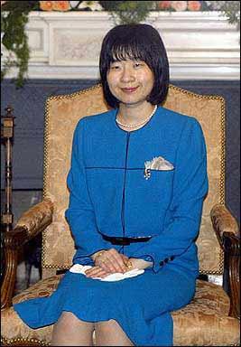 日本明天正式宣布35岁公主与普通公务员的婚约