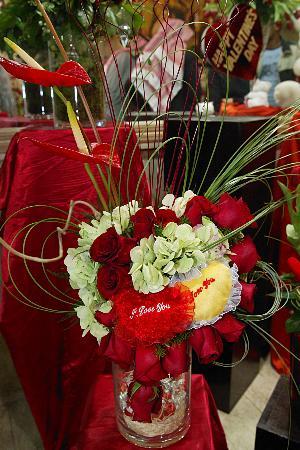 图文:情人节到玫瑰花俏(5)