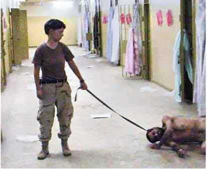 美国虐囚女兵被指控罪名由19项减少为9项(图)