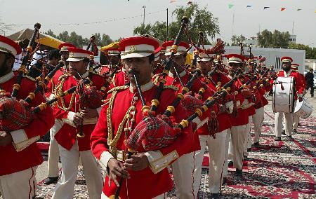 图文:科威特庆祝国庆日和解放日(1)