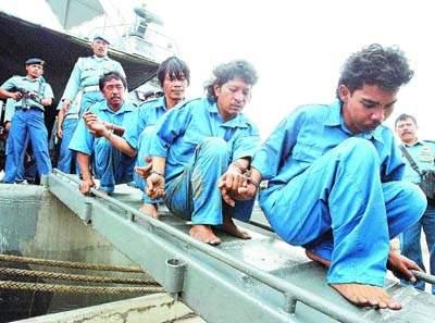 现代化海盗横行马六甲海峡渔民遭劫不敢出海