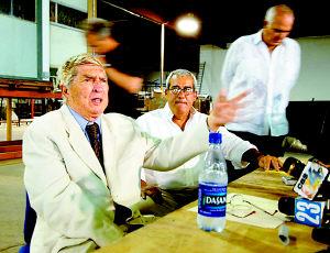 美国拘捕古巴恐怖大亨曾策划暗杀卡斯特罗(图)