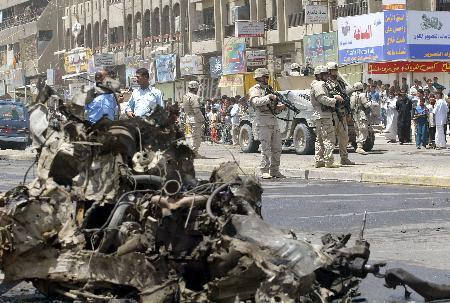 图文:巴格达发生汽车炸弹爆炸事件