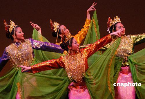 组图:纽约地区亚裔文化多姿多彩