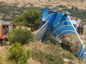 组图:塞浦路斯波音客机坠毁机上人员全部遇难