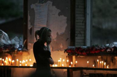 组图:俄罗斯纪念别斯兰人质事件一周年
