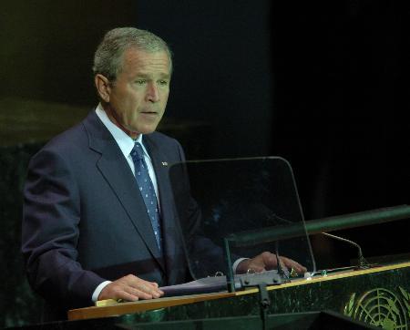 布什峰会发言高谈民主计划及反恐立场(图)