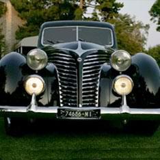 汽车/被拍卖的墨索里尼的蓝旗亚Astura汽车