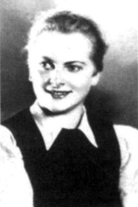 """特意展出了一些纳粹时期的资料,其中最让人不寒而栗的是一名有"""""""
