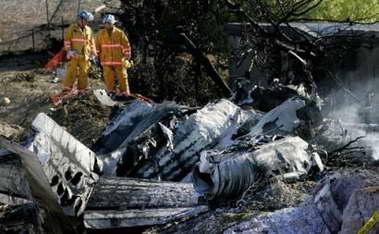 美国私人小型飞机坠毁机上4人全部死亡(组图)