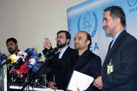 伊朗宣布将全面恢复铀浓缩活动