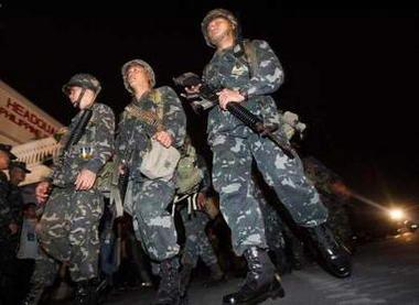 菲律宾海军陆战队结束与警方对峙(组图)