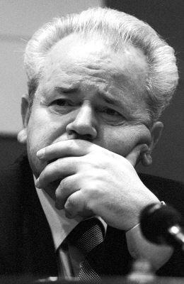 米洛舍维奇猝死疑点:表情痛苦体检记录失踪