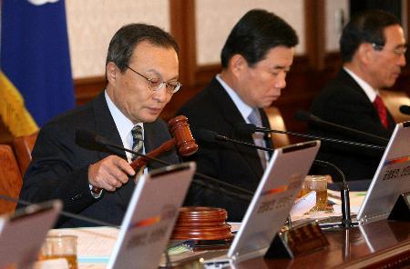 韩国总统卢武铉已接受总理李海瓒辞呈