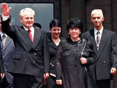 米洛舍维奇将被葬在与爱人初吻的老菩提树下