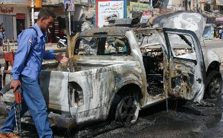 美伊摩苏尔联合军事基地遭人弹袭击40人死亡