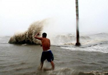 台风珍珠造成菲律宾37人死亡越南99人失踪(图)