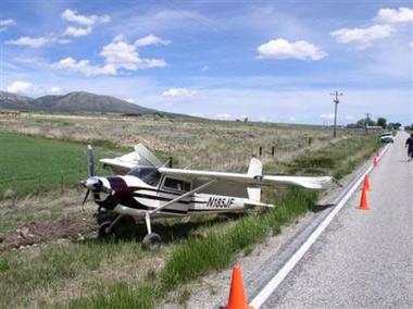 美国飞行员驾机时突发心脏病临死前成功迫降